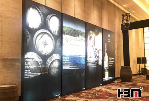 Guangzhou edgelit light Black anodized aluminum frame double sided light box for hotel signs advertising